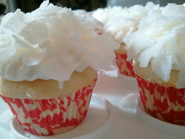 Mini Coconut Snowball Cupcakes | Flickr - Photo Sharing!