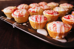 Cranberry-Swirled Lemon Cupcakes