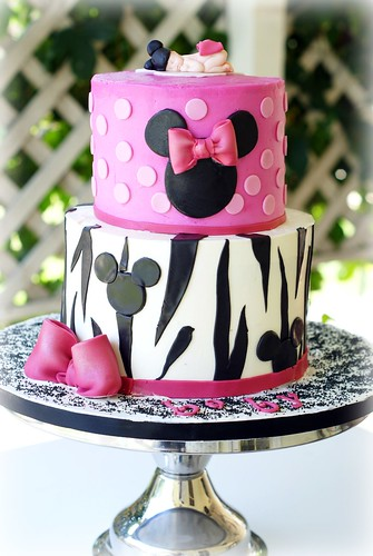 Sassy Minnie Mouse Baby Shower Cake I Think I Fell In
