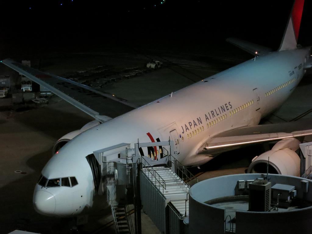 JAL's B777 @RJTT