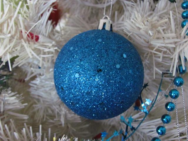 Turquise glitter ball