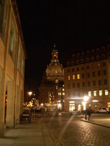 Ich geh in Dresden durch die dunklen Gassen zur Frauenkirche 257