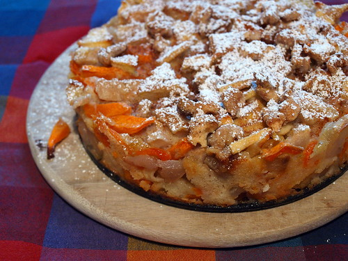 Szarlotka (Apfel, Birne, Kürbis)