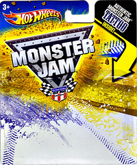 """ Hot Wheels "" Monster Jam ' Teenage Mutant Ninja Turtles ' 1:64 Monster Truck - Michelangelo {  MUD TRUCKS tire treads } 53/80 ..card backer i (( 2011 ))"