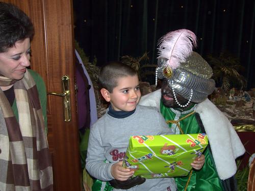 Los Reyes Magos visitan a los niños del Rescate (XII)