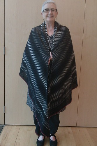 Large shawl 1