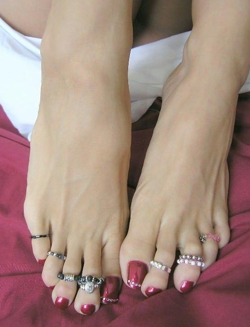 "beautiful feet photo 500 в""– 7402"
