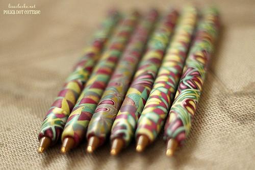 Pens by color (plum)