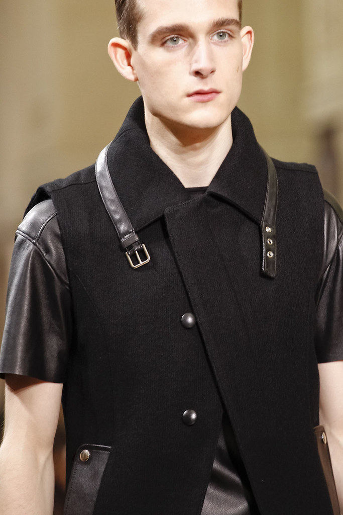 FW12 Paris Yves Saint Laurent062_Karl Morrall(VOGUE)