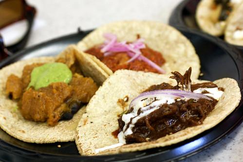 tacos @ guisados