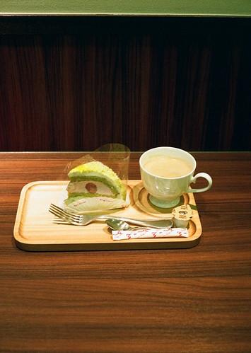 2012-0119-yashica-half17-fuji-superiaXTRA-400-023