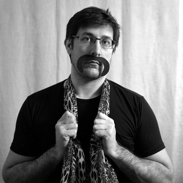 > moustache:(n.f) Poils qui recouvrent la lèvre supérieure. 6803027177_958a9d51e7_o