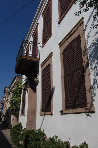 Burhaniye day 2 (Ayvalik): blue sky and white-brownish house