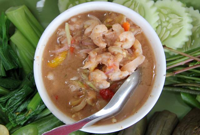 Nam Prik Goong Sot (นำ้พริกกุ้งสด)