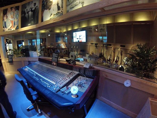 Stockholm Polar Studios ABBA museo abba - 13721773195 b0e4eae459 z - Museo ABBA de Estocolmo, leyenda sueca del pop