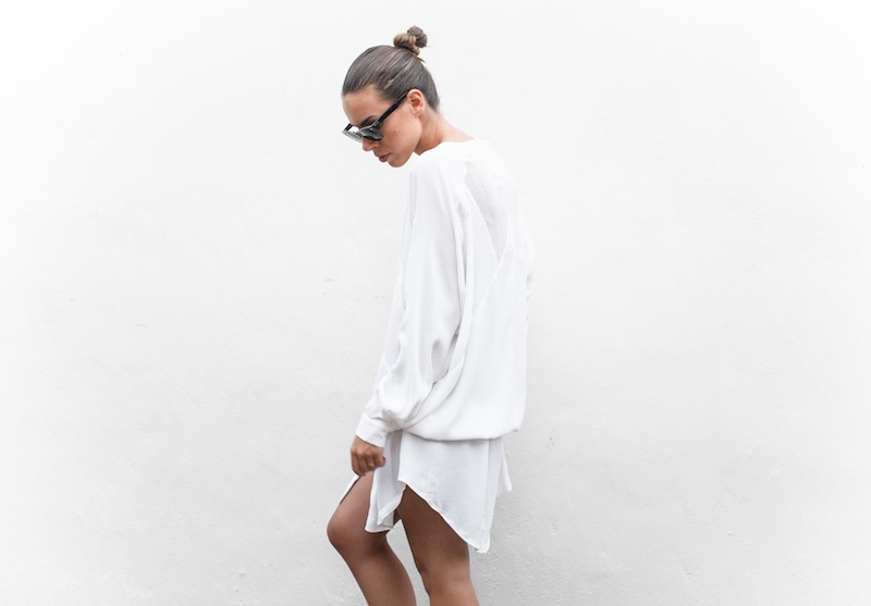 modern legacy blog Australia fashion street style Blessed Are The Meek white shirt dress beach Ray Ban Oversized Wayfarers blogger outfit style off duty (4 of 6)