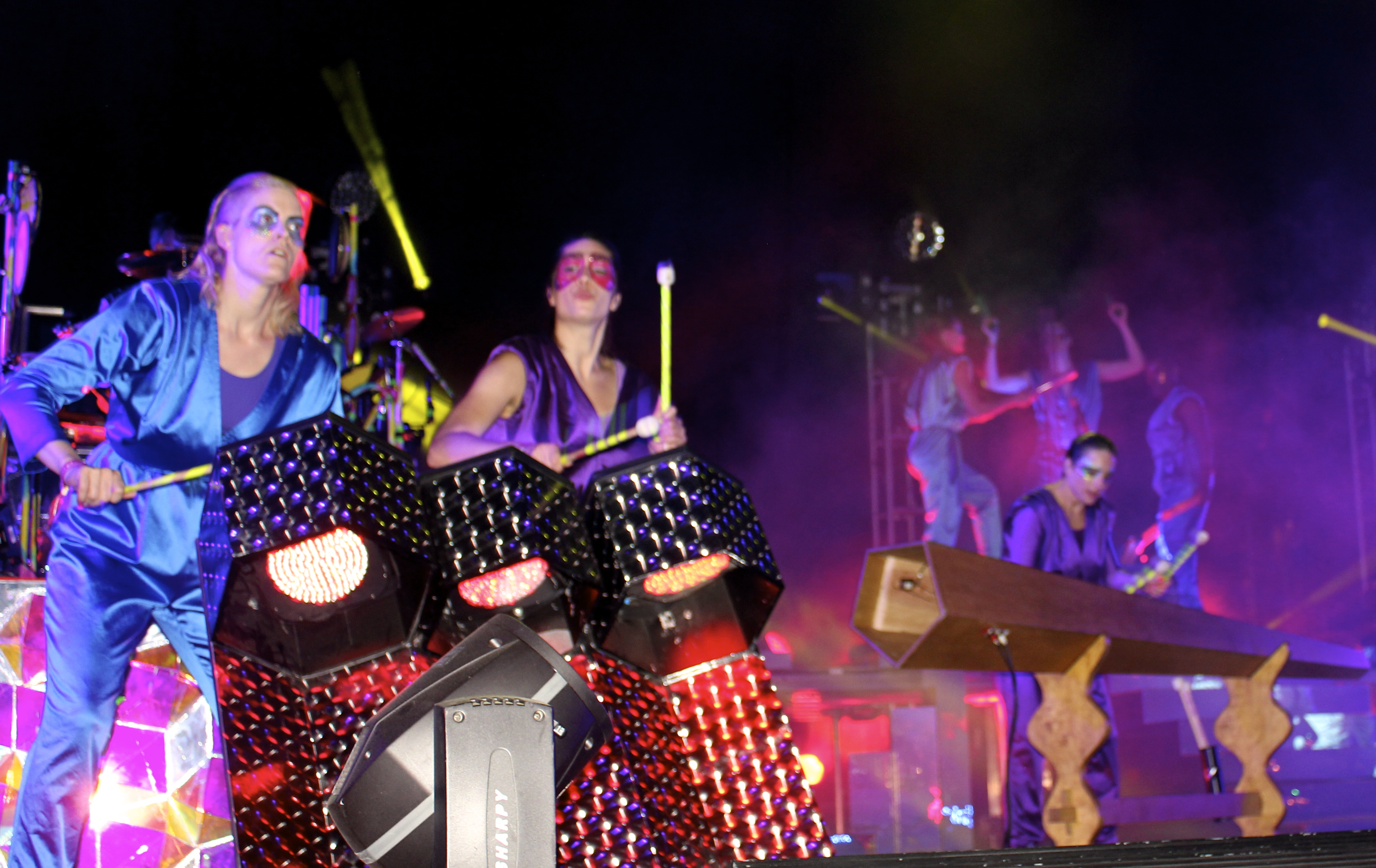The Knife & Karin on Drums