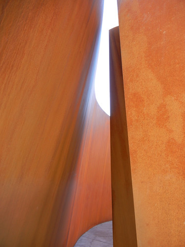 Steel Sculpture by Richard Serra, Cantor Arts Center, Stanford University _ 8368