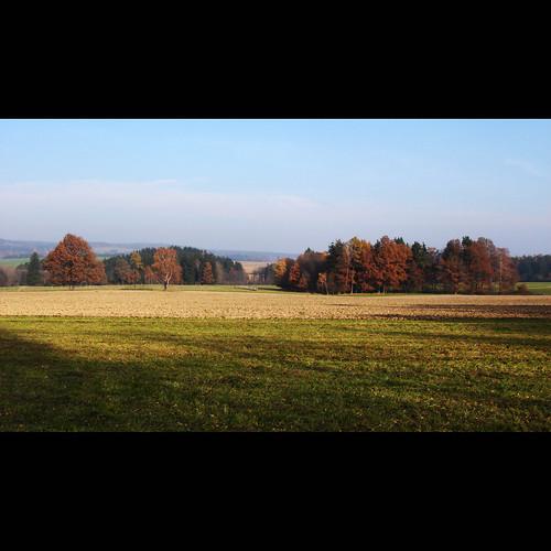 autumn fall field landscape highlands view czech meadow czechrepublic overlook vysočina česko českárepublika vysocina lipnice vrchovina ceskomoravska czechmoravian českomoravskávrchovina světlánadsázavou ceskomoravskavrchovina czechmoravianhighlands