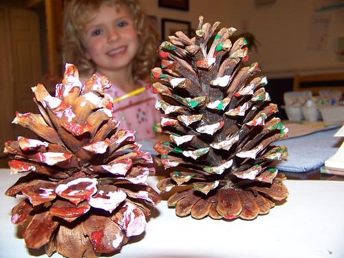 Q5 paints pinecones
