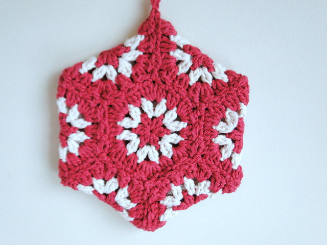 Christmas hexagon potholder