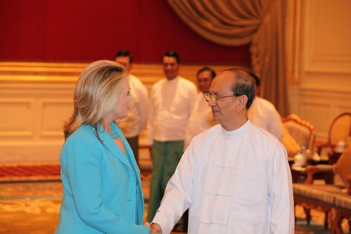 Secretary Clinton meets Burmese President