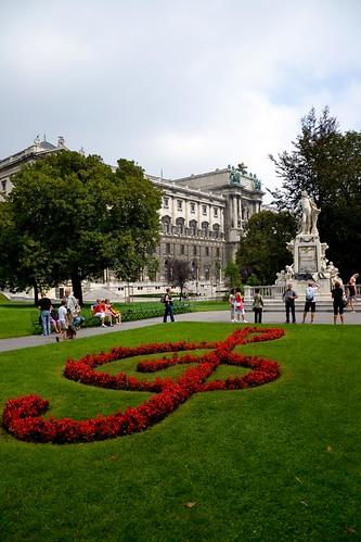 Monumento a Mozart en el Burggarten