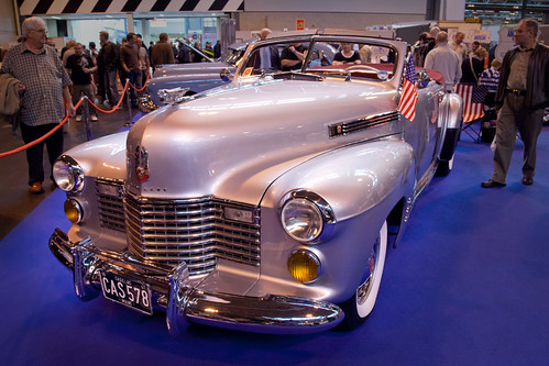 2011 cadillac cars