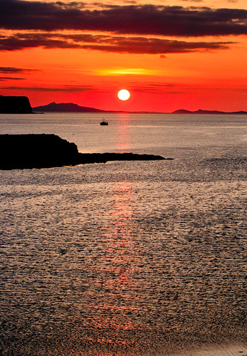 skye sunset by tom fincher
