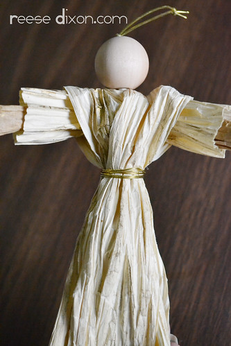 Paper Twist Angel Ornament Tutorial Step 11