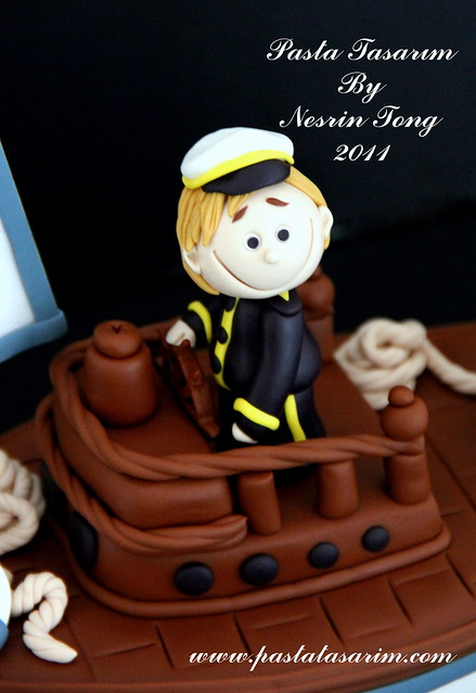 SAILBOAT CAKE - BARAN BIRTHDAY CAKE