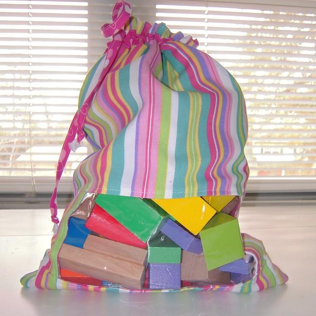 MIP Peek-a-Boo Bag