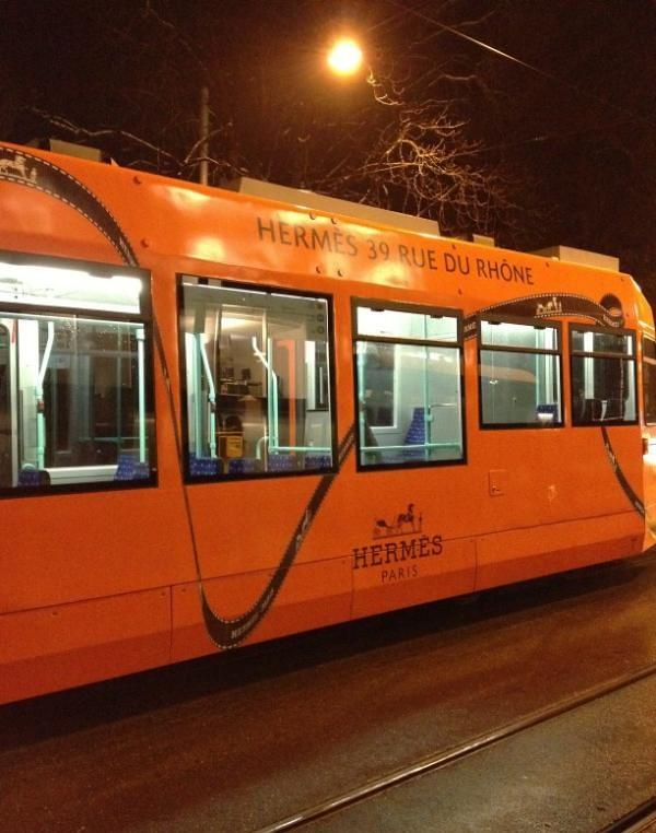 Hermes tram - via @TamarStar