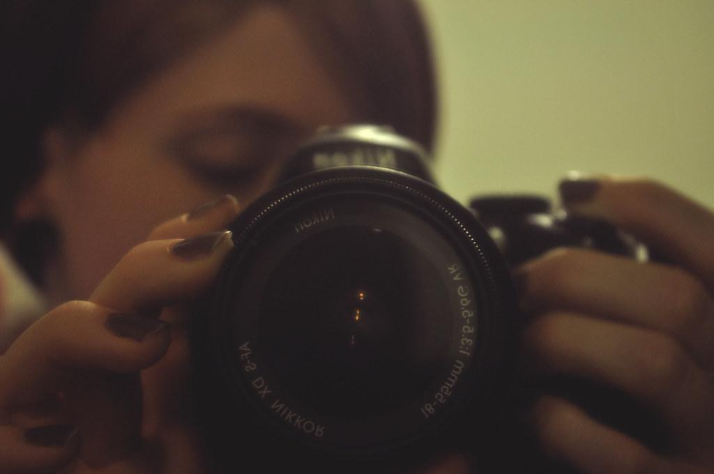 lens & nails