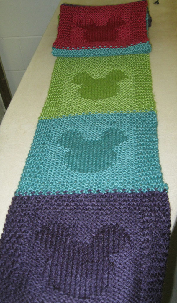 mickey mouse scarf3