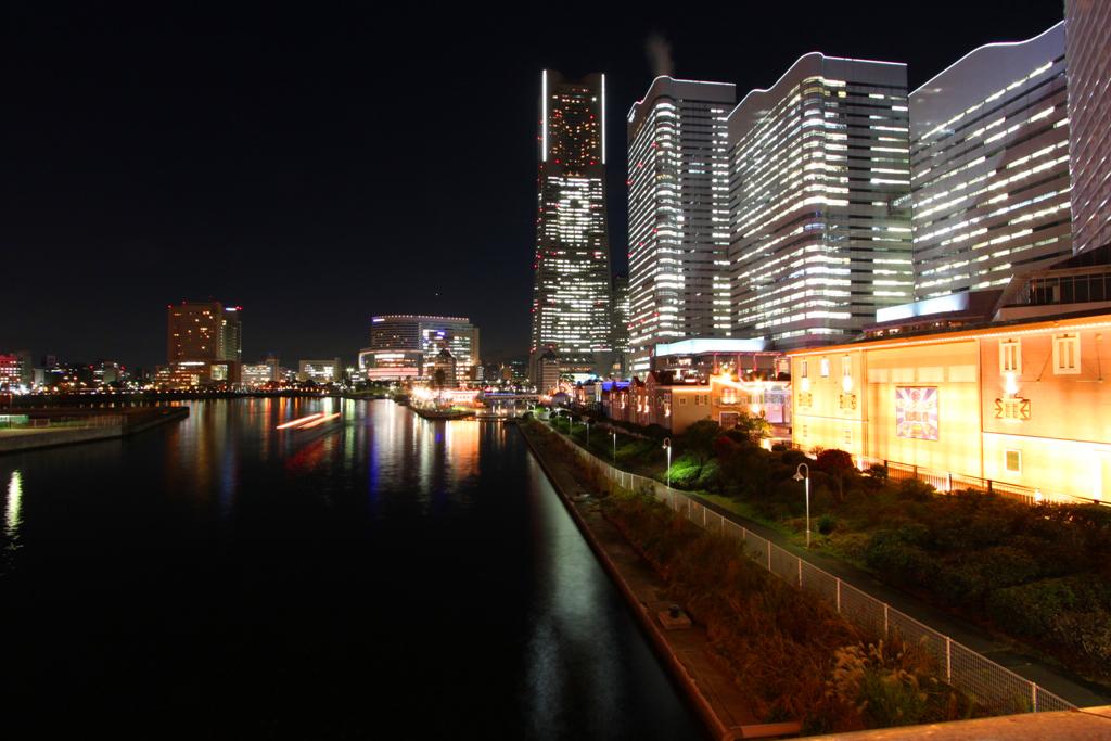 Yokohama Night Photo (4)