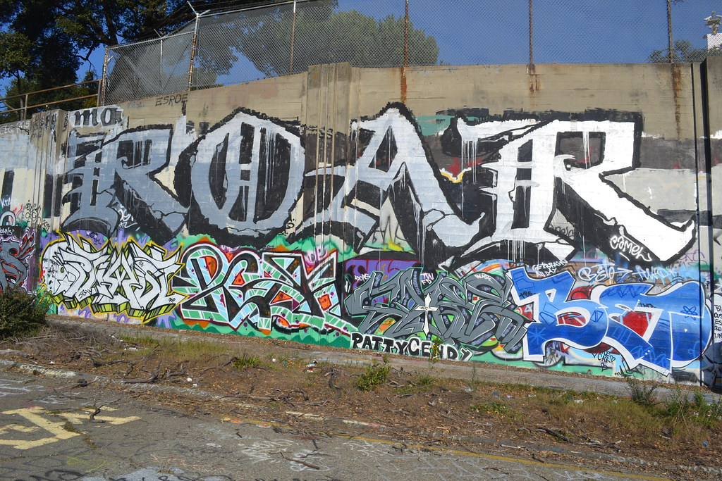 ROAR, CBS, OPTIMIST, DE, POP, BETO, Graffiti, Street Art, the yard