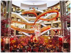 Gigantic dragon at the atrium of Pavilion KL, to usher in the Lunar New Year 2012 #1/4