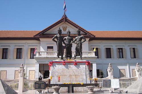清邁建都三王紀念像(3 Kings Monument)