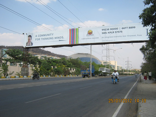 Hoarding of Life Republic on the road to Hinjewadi Phase 3