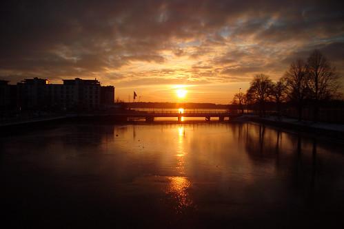 bridge light sunset sun ice water clouds day26 vänersborg 366 3652012 2012yip