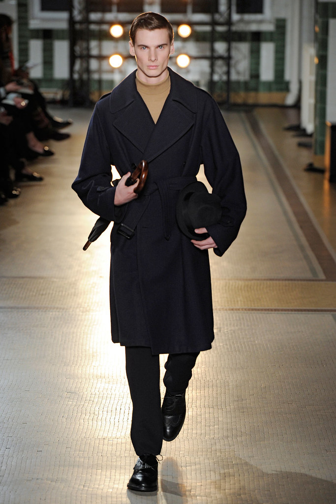 FW12 Paris Wooyoungmi017_Angus Low(VOGUE)