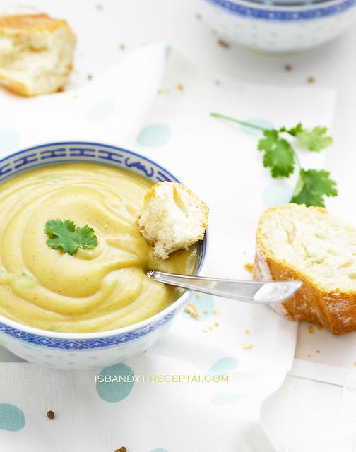 Trinta žiediniu kopūstų sriuba