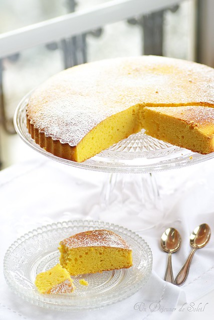 Polenta, ricotta and citrus cake