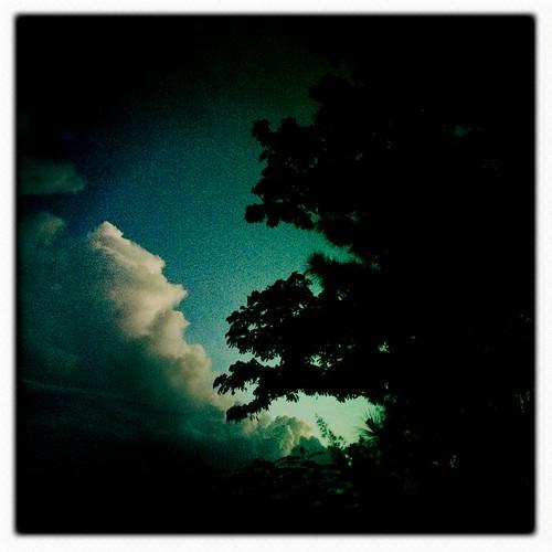 morning sunset clouds sunrise tahiti johnslens hipstamatic inas1935film
