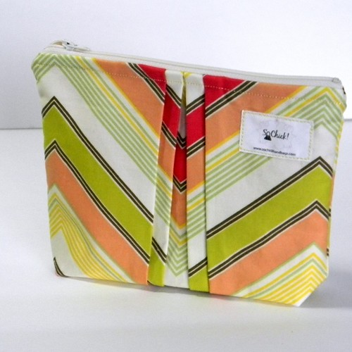 "Perfectly Pleated Pouch: ""Just Peachy"" Chevron"