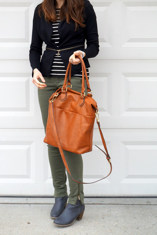green cargo pants, black blazer, black and white scallop tee, tan tote bag Target