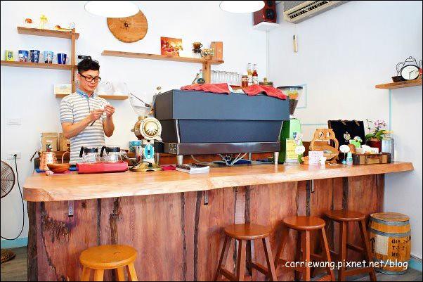 DM Cafe (16)