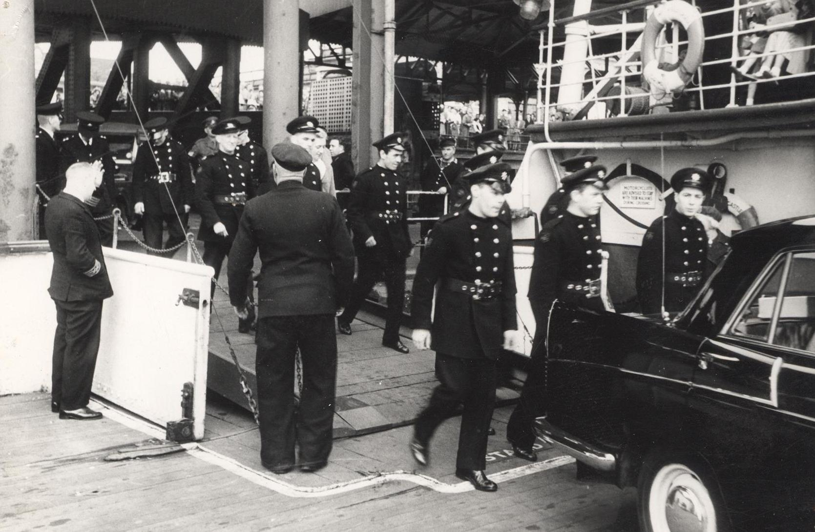 Emergency personnel disembark from  the Humber ferry 28 May 1961 (archive ref CD-103) (16)
