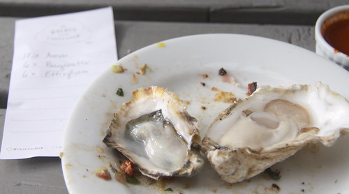 Baywater and Effingham Oysters, The Walrus and the Carpenter, Seattle